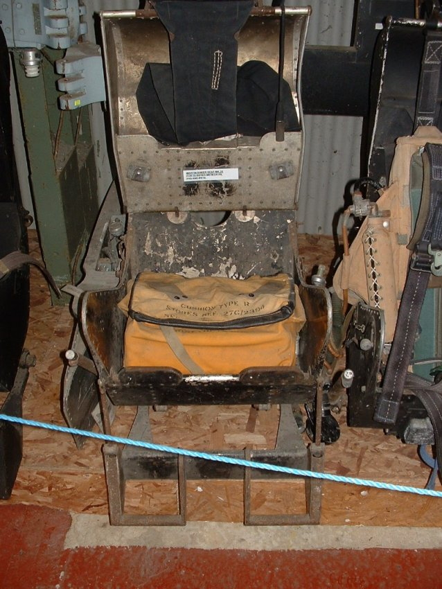 MB Mk I ejection seat 2.jpg