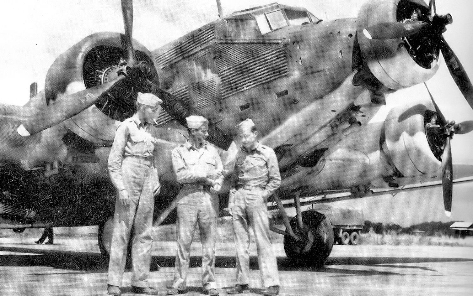German_Junkers_Ju_52_in_USAAF_service_1942.jpg